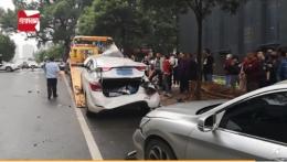 长沙公交连撞10车是怎么回事?